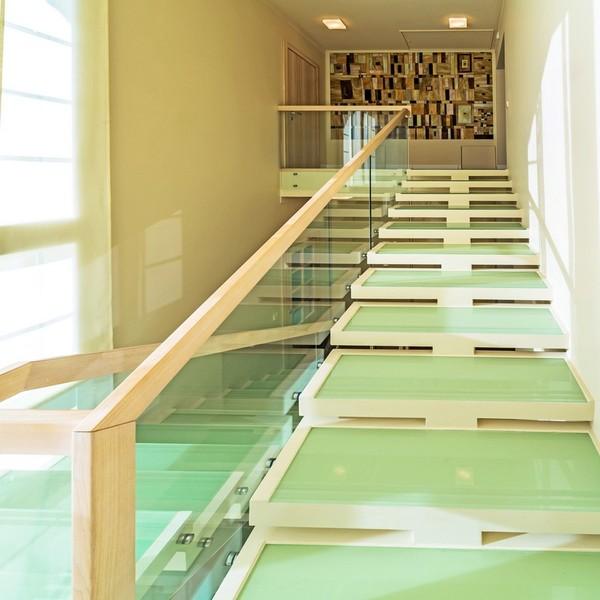 Les dalles de sol en verre sont en marche !