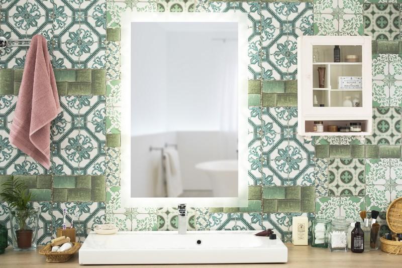 miroir led sur mesure. Black Bedroom Furniture Sets. Home Design Ideas