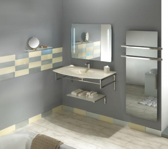 s che serviettes lectrique en verre c t verre. Black Bedroom Furniture Sets. Home Design Ideas