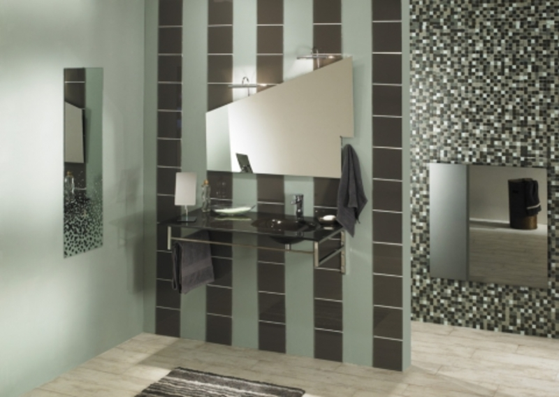 vasque et lave mains en verre pour la salle de bain. Black Bedroom Furniture Sets. Home Design Ideas