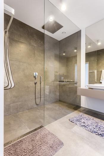 Verre sur mesure tremp - Paroi de douche en verre sur mesure ...