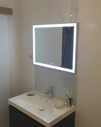 Miroir led de salle de bain et crédence en verre laqué argent métal - Mr Mamers (26)