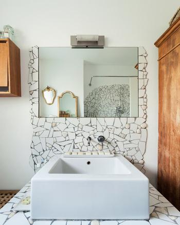 C t verre l 39 legance du verre pour d corer votre int rieur - Miroir salle de bain lumineux sur mesure ...